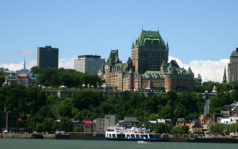 Quebec-City-Cityscape-Canada-1800x2880.jpg