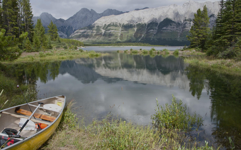 Kananskis-Lake-Canada-1800x2880.jpg