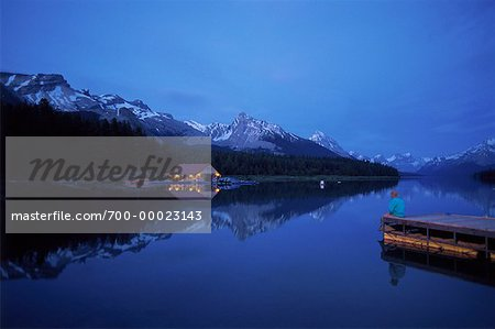 700-00023143em-Maligne-Lake-at-Night-Jasper-National-Park-Alberta--Canada---.jpg