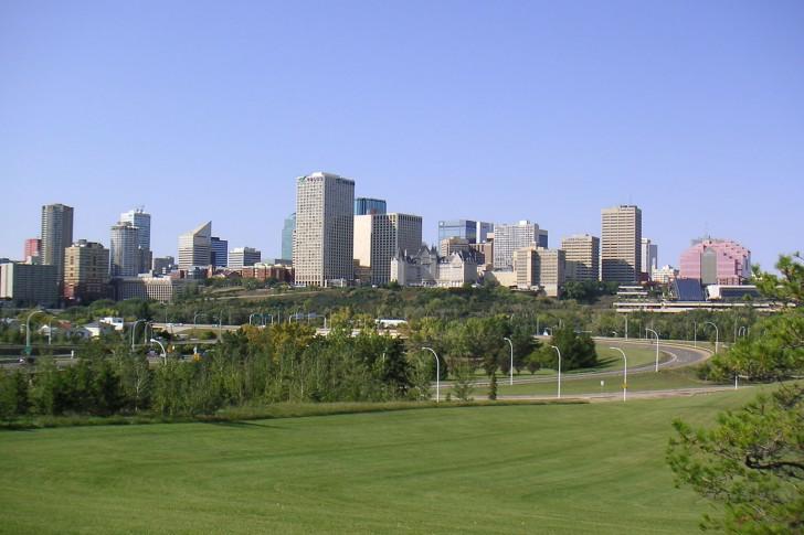 Edmonton-Building-Alberta-Canada-485x728.jpg