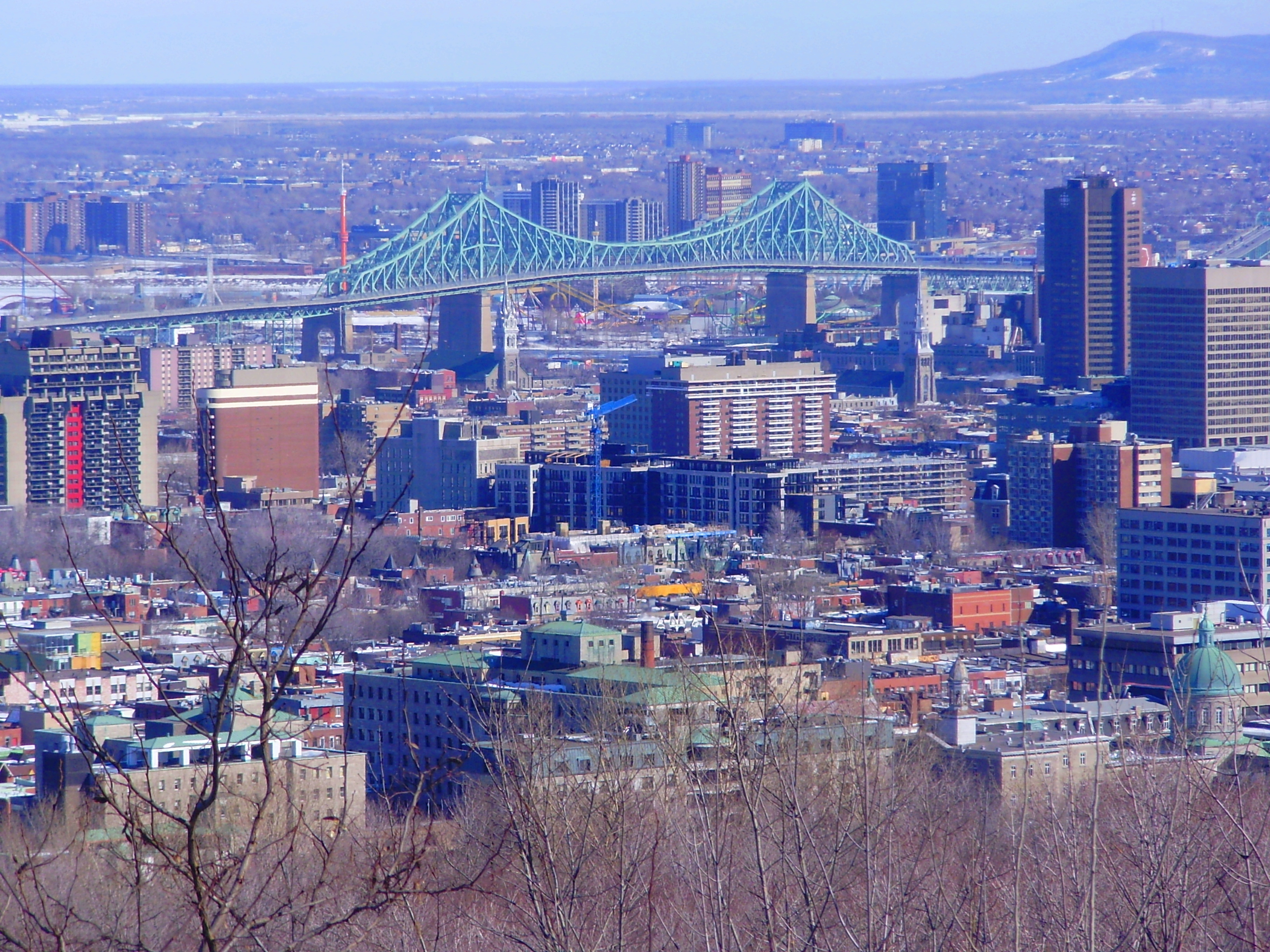 Montreal_view_from_Mount_Royal_4.JPG